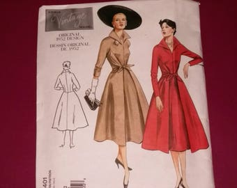 Vogue Vintage 1952 Design Flared Front Wrap and Tie Dress Sewing Pattern Size 18,20,21 UNCUT