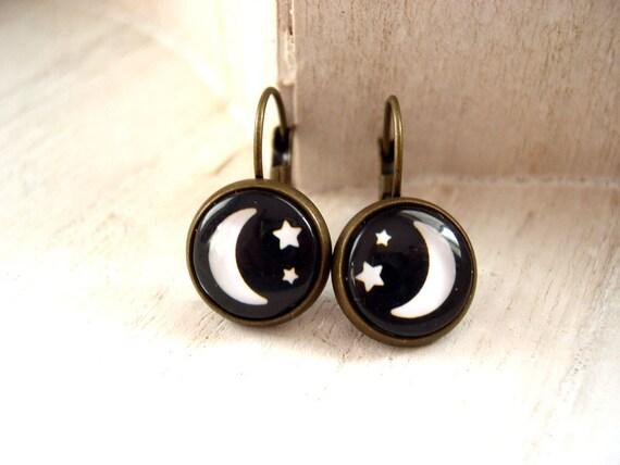 Starry Night Moon and Stars  leverback earrings pretty cute black