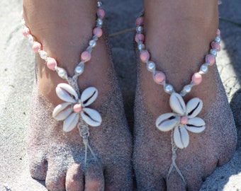 Seashell barefoot sandals, cowrie shell flower, beach foot jewelry, wedding sandals, hemp barefoot jewelry, pink coral or more color options