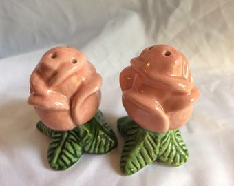 1950 Pink Rose Salt and Pepper Shakers