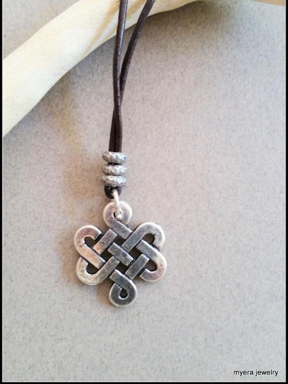Silver Infinity Pendant, Women Celtic Necklace, Celtic Knot Necklace, Celtic Talisman, Wiccan Pendant, Healing Necklace, Esoteric Pendant