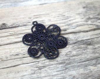 1 print filigree flower gray charcoal 3cm high