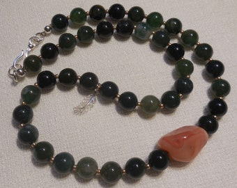 Agate and sterling silver asymmetric necklace