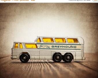 FLASH SALE til MIDNIGHT Boys Room Art – Vintage Matchbox Greyhound Bus Photo Print – Multiple Sizes Available