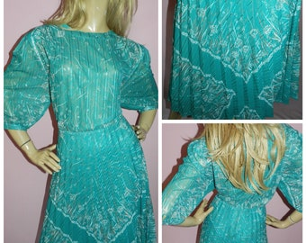 Vintage 70s GREEN Semi SHEER Scarf print ACCORDION Pleated day dress 18 L 1970s