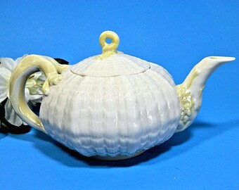 Irish Belleek Tridacna Teapot Shell Nautical 3rd Green Mark