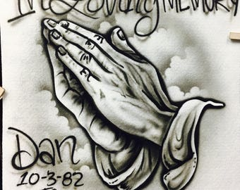 Praying hands airbrushed shirt, in loving memory