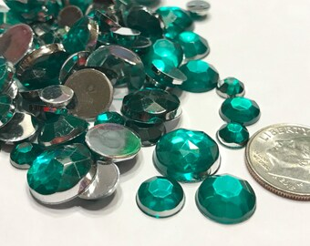 100 piece green rhinestone mix, 5-12 mm (S10)