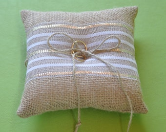 Burlap ring pillow Burlap Ring Bearer Pillow White with gold lace Ring cushion Woodland / Rustic / Cottage style Weddings