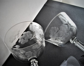 Vintage Stemware Libbey Rock Sharpe Bride And Groom Toasting Glasses A Pair Of Etched Toasting Glasses Antique Made In USA