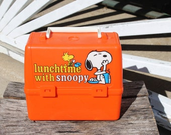 Snoopy Lunch Box Vintage Peanuts Gang Charlie Brown Retro Orange Plastic Children's Lunch Box Snoopy Dog Woodstock Lunch Time With Snoopy