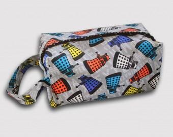 Dalek Project Bag, knitting project bag, crochet bag, snap boxy bag, zipperless, gifts for knitter