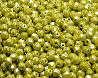 100pcs Czech Fire-Polished Faceted Glass Beads Round 4mm Opaque Green Luster (4FP079)