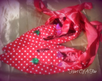 Polka dot pixie slippers