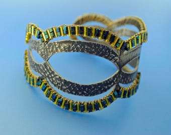 Green Ajoure: Fabricated and Beaded Bracelet