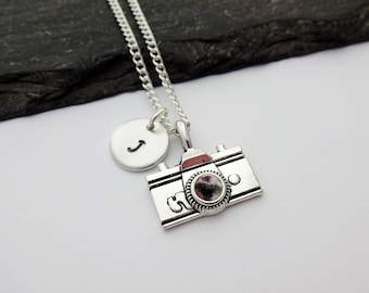 Camera Necklace, Initial Necklace, Photographer Necklace, Photography Jewellery, Photography Gift, Travel Gift, Camera Jewelry, Camera Gifts