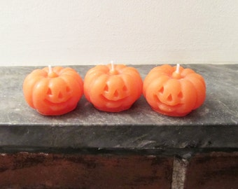 pumpkin candle 3 oz, halloween candle, jack o' lantern candle, autumn candle