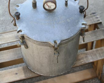 "Vintage, Windsor ""A"" Pressure Canner No. 12, by Montgomery Ward"