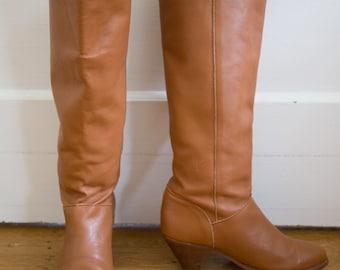 Vintage 1970's (Mint Condition) Frye Boots Size-6