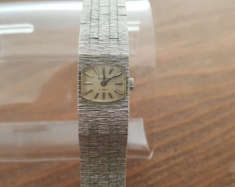 Vintage Ladies Watch, Accurist Watch, Ladies Dress Watch, Vintage Wrist Watch, Mechanical Watch, 21 Jewels, Gifts for Her