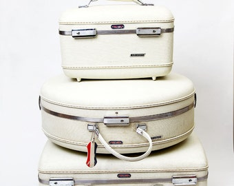 Vintage WHITE American Tourister Tri-Taper Luggage, instant collection, round suitcase, train case, large suitcase