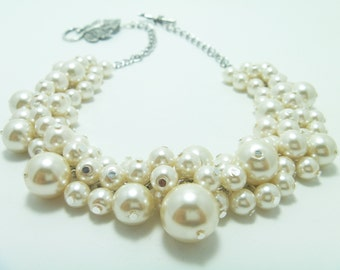 Pearl Cluster Necklace, Bauble Necklace, Ivory Pearl Necklace, Chunky Necklace, Ivory Bridal Jewelry, Ivory  Pearl Necklace, Bridal Jewelry,