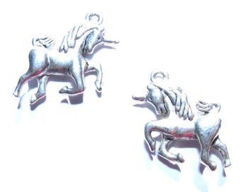 25 mm silver unicorn charm x 1