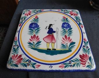 Quimper HB Henriot 1968/1984 pottery trivet