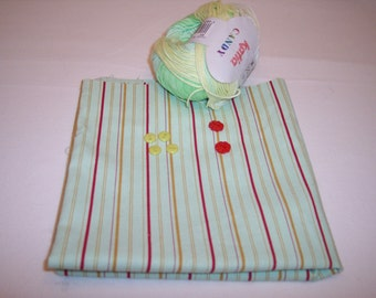 Kit for doll clothes.