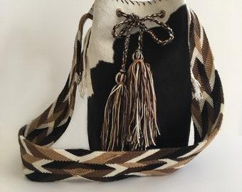 Cowhide Bucket Bag,Leather Handbag,Drawstring Shoulder Bag,Womens Handbag,Summer Tote,Genuine Cowhide Handmade,Wayuu Strap,Wayuu Bag