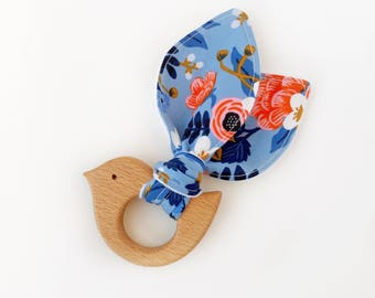 Wood teether, bird teether, wooden teething ring, gifts under 20, teething toy, wooden teether, baby teether, teething ring, baby gift
