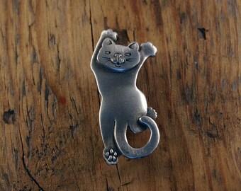 Climbing Cat Brooch