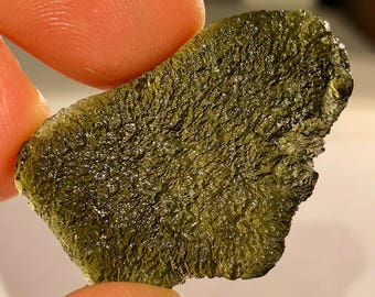 "Top Quality 6.5g 1.3"" Large Authentic Moldavite Tektite Specimen - Czech Republic - Item:M18018"