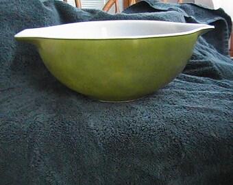vintage 4 quart #444  green casserole dish