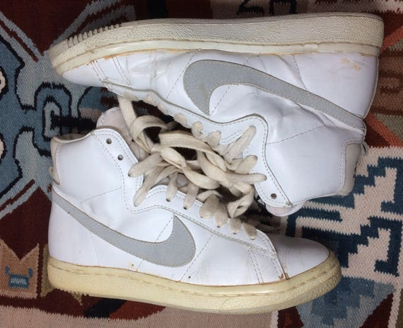 1983 Nike Penetrator leather Hi Top Sneakers size 7.5 White Gray original  made in Republic of Korea