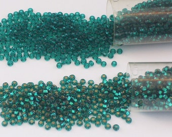 Emerald and Emerald Silver Lined Size 8 Seed Beads // Green and Silver Lined Green Czech Glass 8/0 Seed Beads