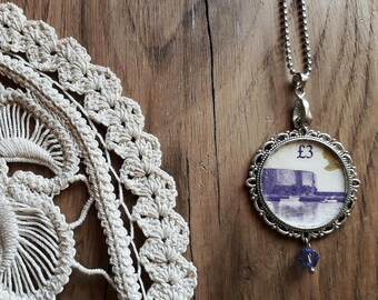 Necklace with English stamp 3 pounds