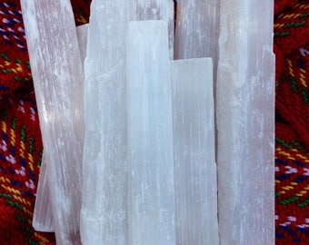 "1lb of 3-5"" Selenite sticks"