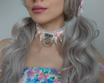 Pink velvet and white faux leather and lace O-ring collar (kitten Play, DDLG, ABDL, BDSM)
