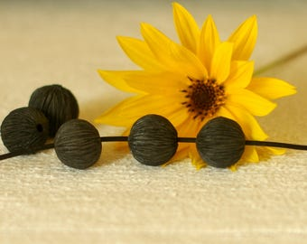 black ceramic beads - Lot of 2 Black Raku terracotta beads finely striated - jewelry accessories, boho, deco ...