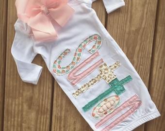 Appliqué name baby gown