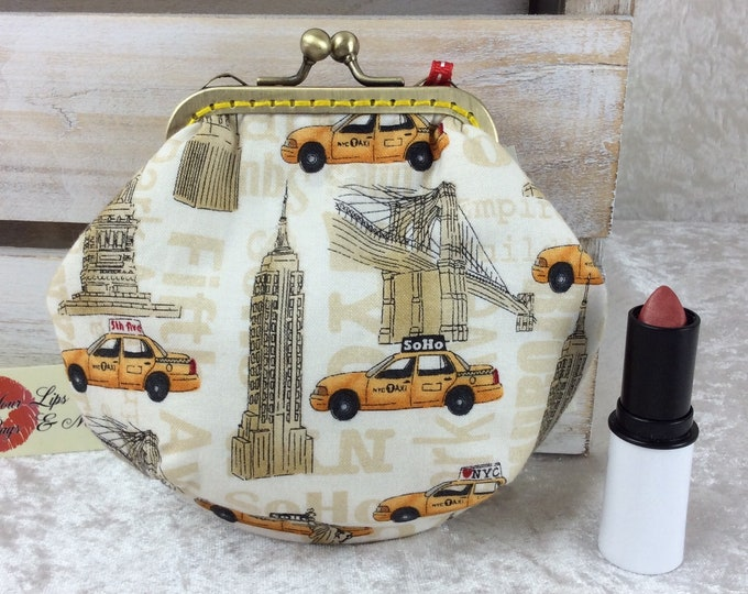 New York Taxi Cabs coin purse wallet fabric kiss clasp frame wallet change pouch handmade buildings