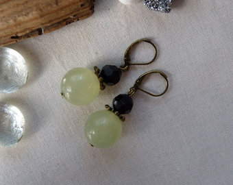 Light green and black pearl earrings