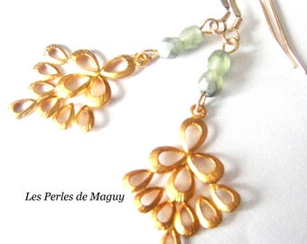 Earrings color gold and green
