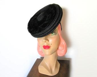 Vintage 1930's/40's Black Straw Tilt Hat~