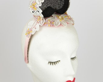 Danni Fascinator & Matching bag - black - sinamay - loveheart - lace - daisy flowers - pink pearls- special occasion