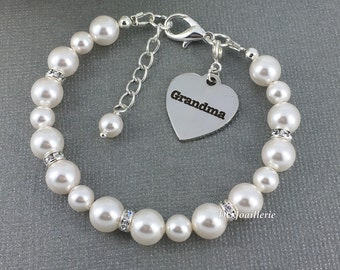 Gift for Grandma Swarovski Pearl Bracelet Grandma Charm Bracelet Grandmother Gift White Pearl Jewelry Swarovski Pearl Jewelry