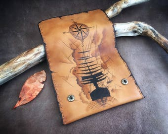 Compass ship, pirate map, Tobacco Pouch, Sail ship case, sea ship, Pyrography Leather, Pipe Pouch, Genuine leather, Portatabacco, Tabakbeute