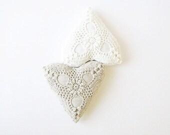 Linen lavender heart sachet -crochet hanging decoration -handmade - wedding favors- Valentine's gift