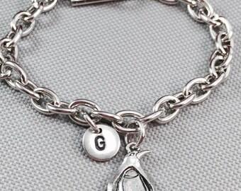 Penguin charm bracelet, animal bracelet, personalized bracelet, initial bracelet, penguin jewelry, daughter bracelet, sister, friend